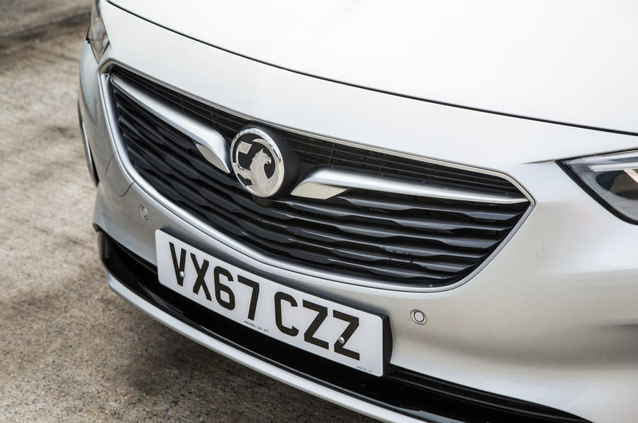 Vauxhall Insignia Sports Tourer GSI review bonnet badge