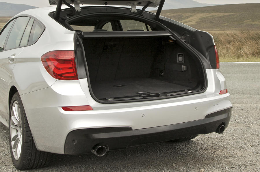 BMW 530d GT boot space