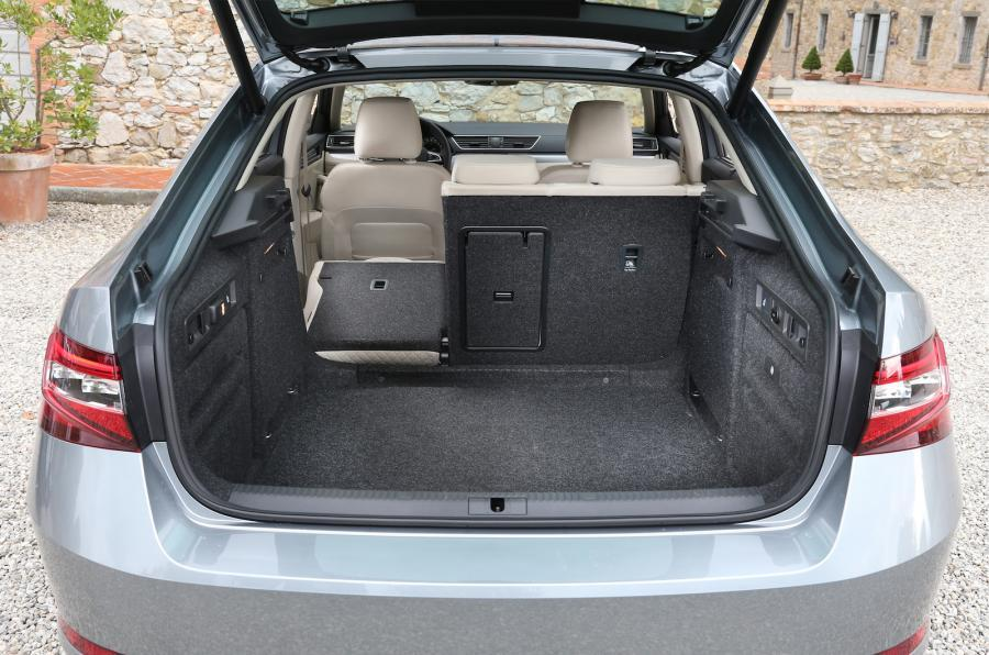Skoda Superb seating flexibility