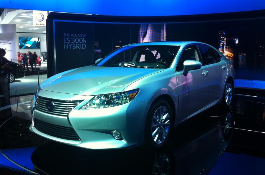 New York motor show: Lexus ES