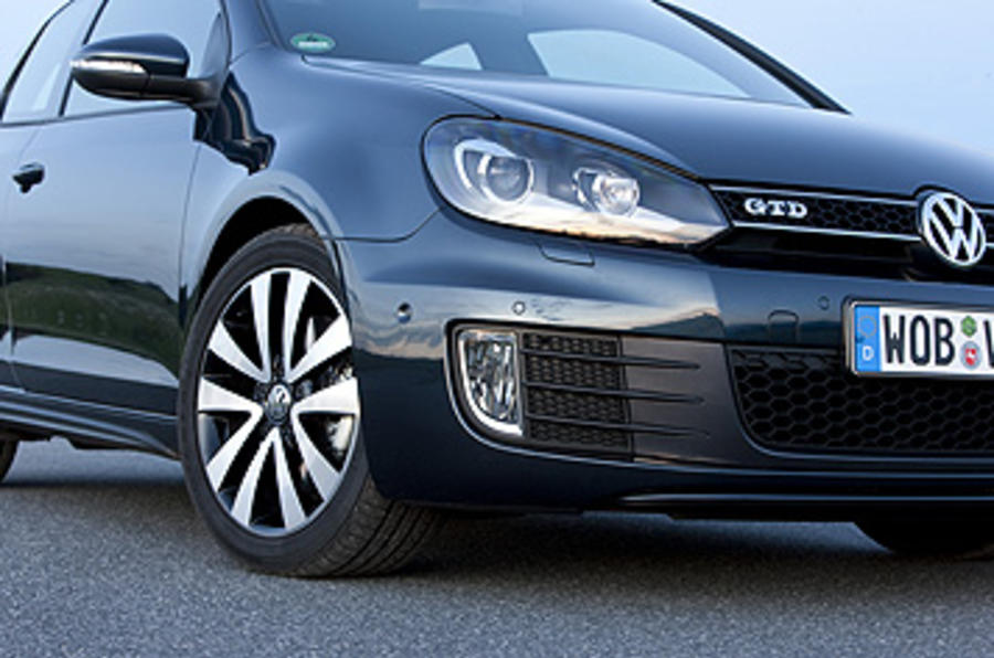 Volkswagen Golf GTD foglights