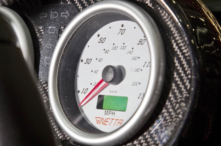 Ginetta G40R speedometer