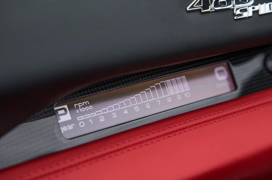 Ferrari 488 Spider rev counter