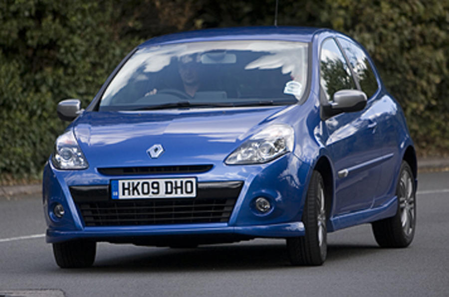 Renault Clio GT front end