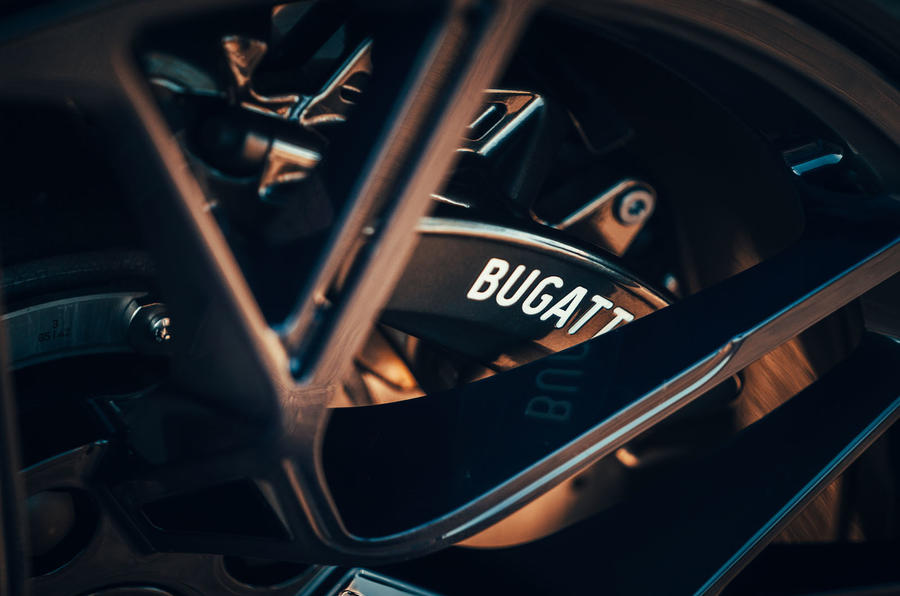 Bugatti Divo 2020 road test review - brake calipers