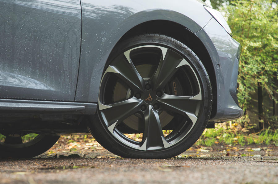 Cupra Leon 2020 road test review - alloy wheels