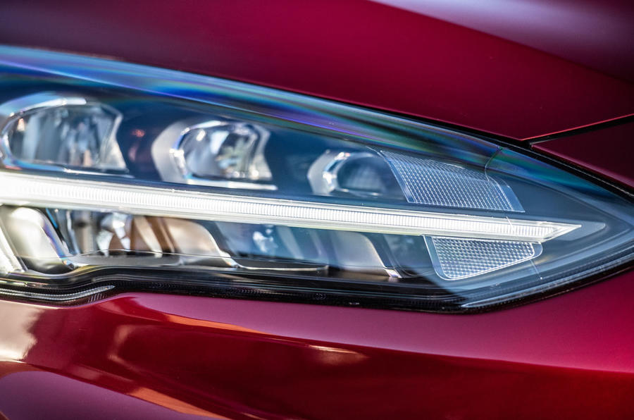 Ford Focus ST-line X 2019 road test review - headlight detail