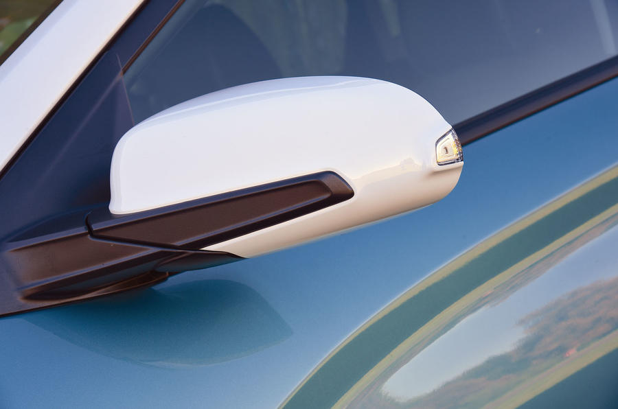 Hyundai Kona Electric 2018 road test review - wing mirrors