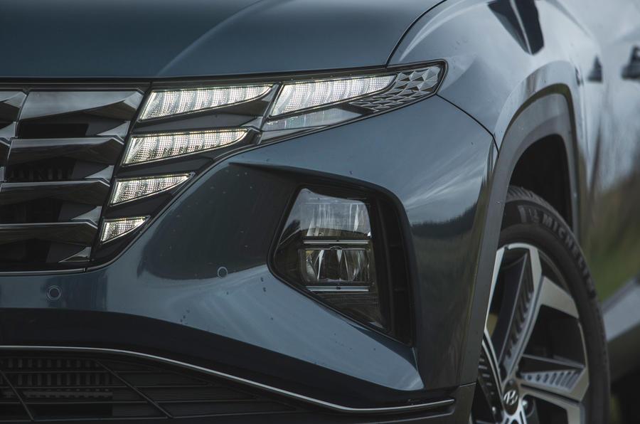 5 Hyundai Tucson 2021 : essai routier des phares