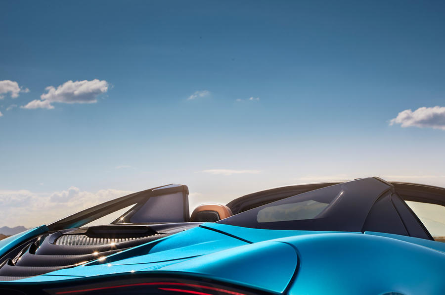 McLaren 720S Spider 2019 road test review - butresses