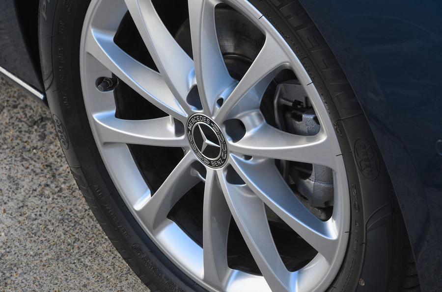 Mercedes-Benz B-Class 2019 road test review wheel