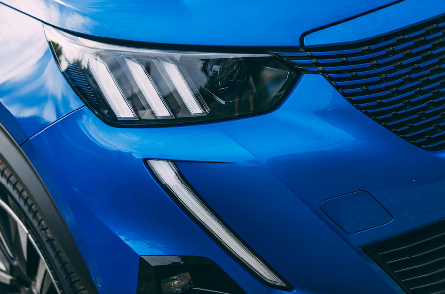 Peugeot e-2008 2020 road test review - headlights