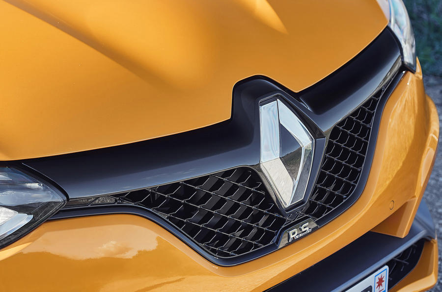 Renault Megane RS 280 2018 road test review front grille
