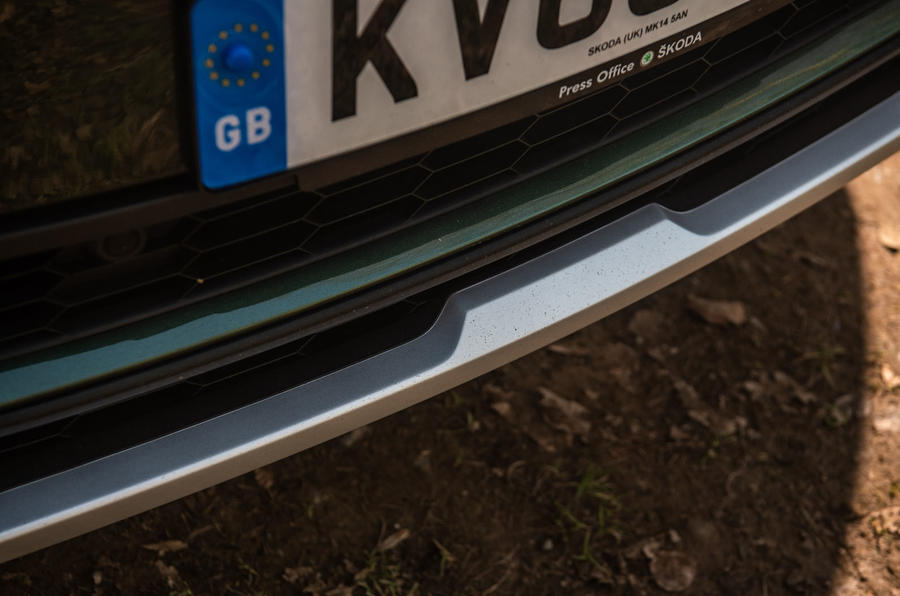 Skoda Karoq Scout 2019 road test review - front bumper