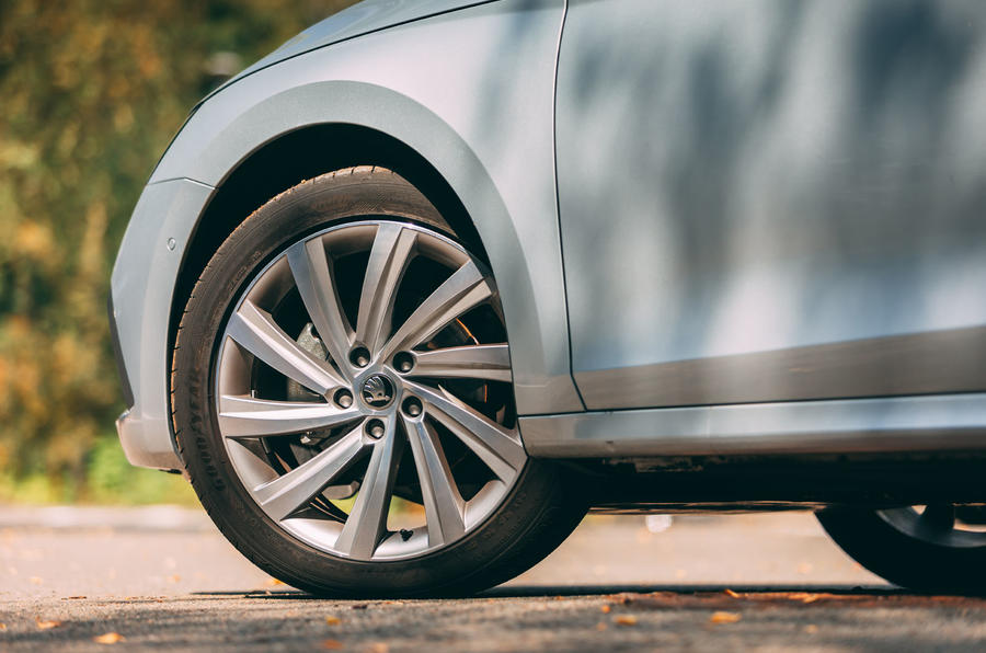 Skoda Octavia Estate 2020 road test review - alloy wheels