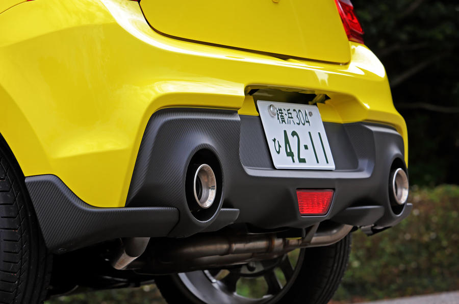 Suzuji Swift Sport Japan-spec review dual exhaust