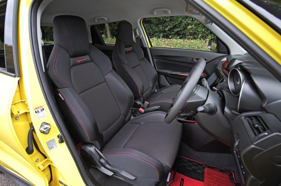 Suzuji Swift Sport Japan-spec review interior