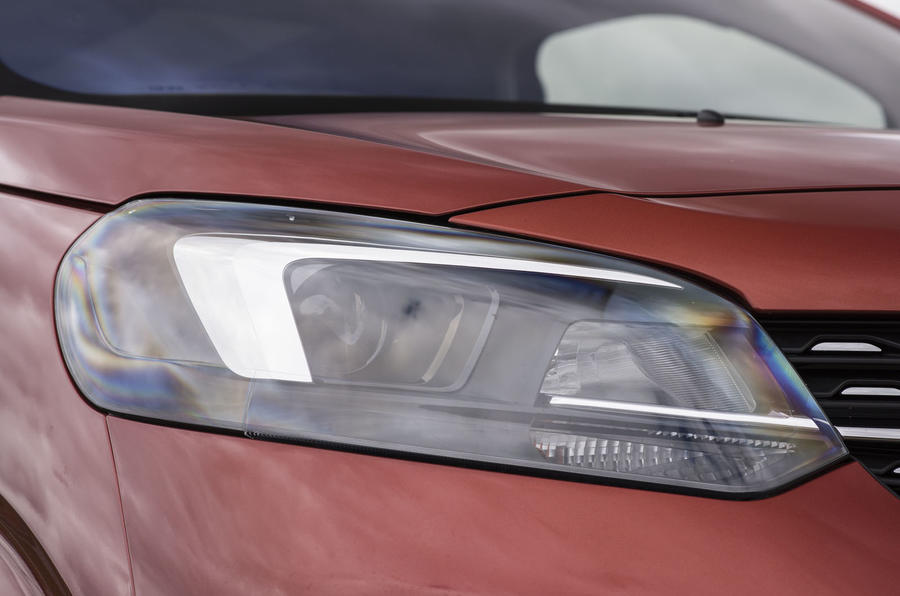 Vauxhall Vivaro Life 2019 road test review - headlights
