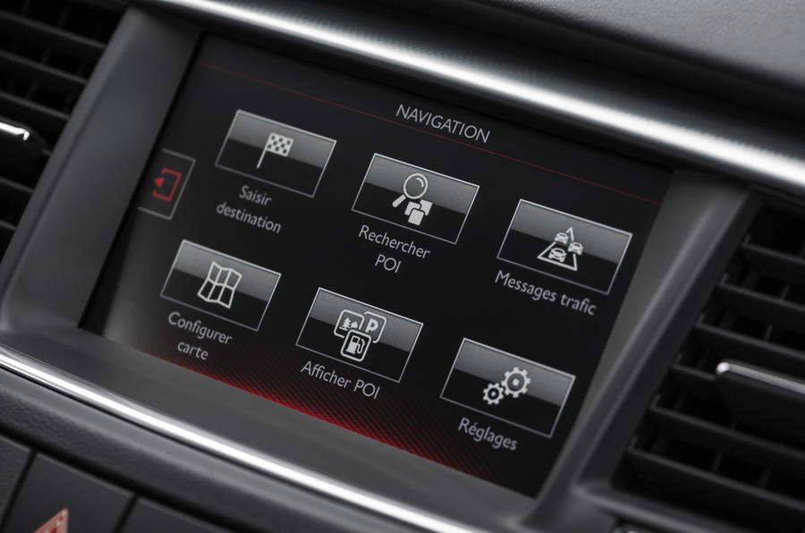 Peugeot 508 SW Allure infotainment