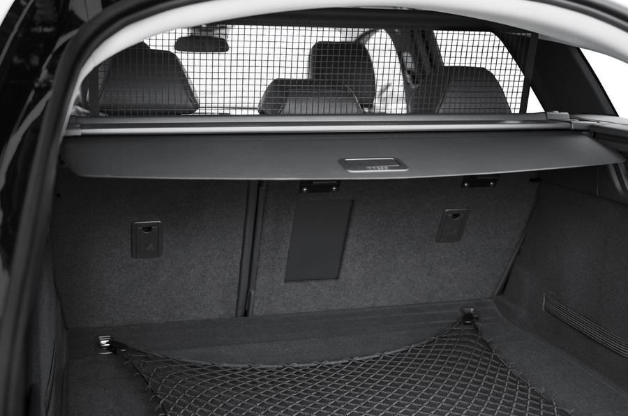 Peugeot 508 SW boot space