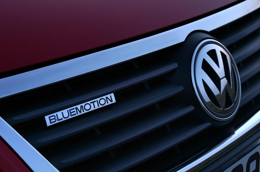 Volkswagen Passat Bluemotion badging