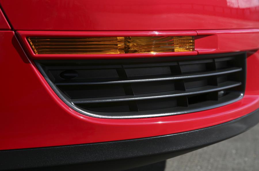 Volkswagen Passat side repeaters