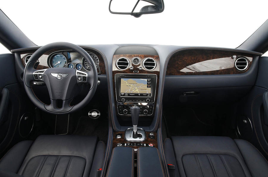 Bentley Continental GT full dashboard