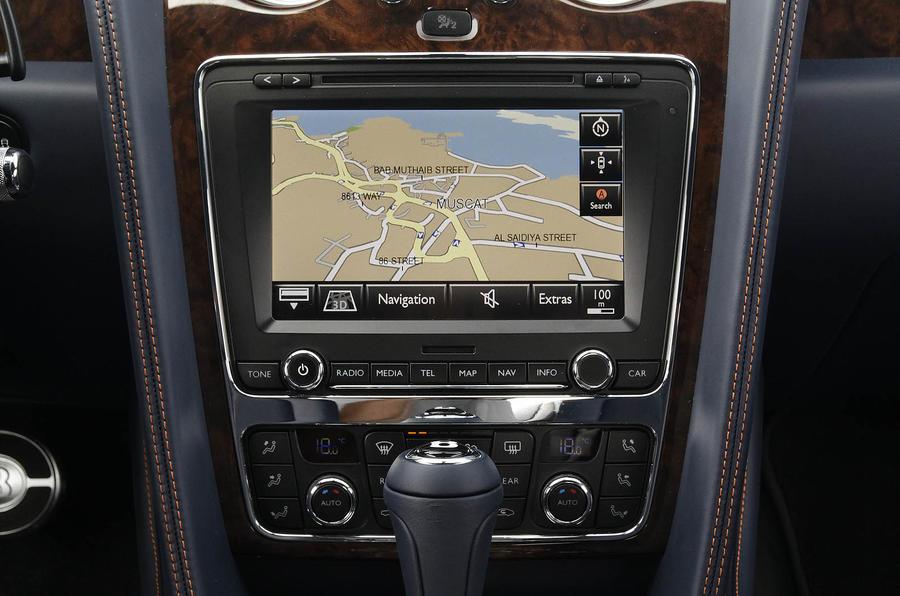 Bentley Continental GT infotainment