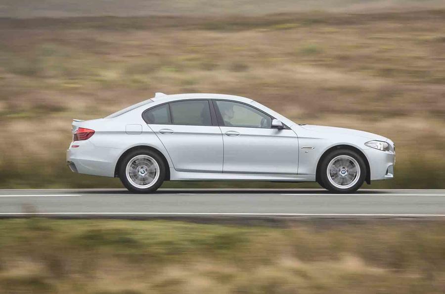 BMW 518d SE side profile