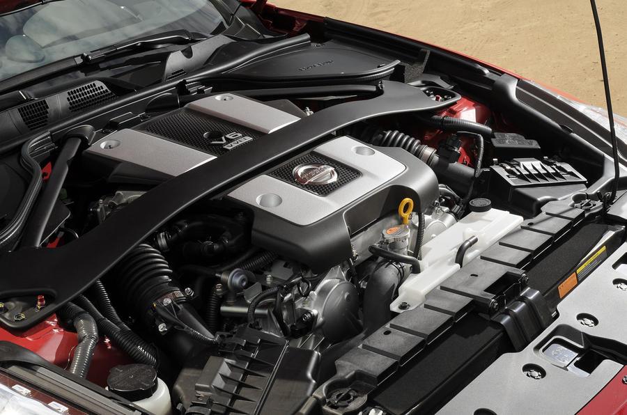 Nissan 370Z GT convertible