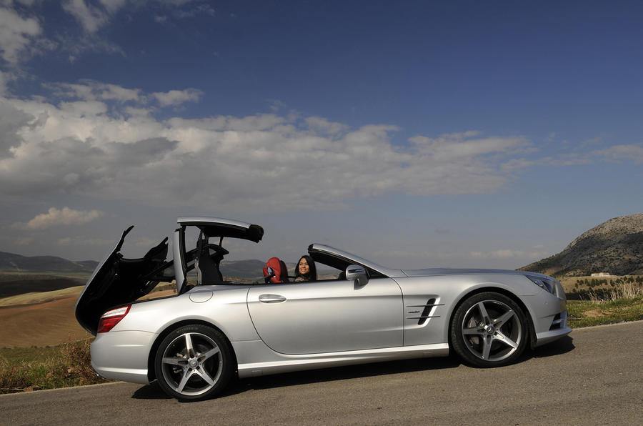 Mercedes-Benz SL 500 roof up