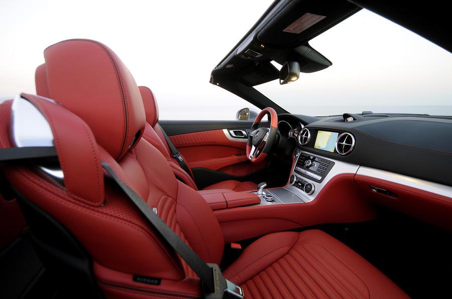 Mercedes-Benz SL 500 interior