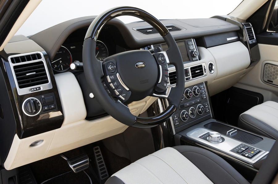 Range Rover TDV8 dashboard