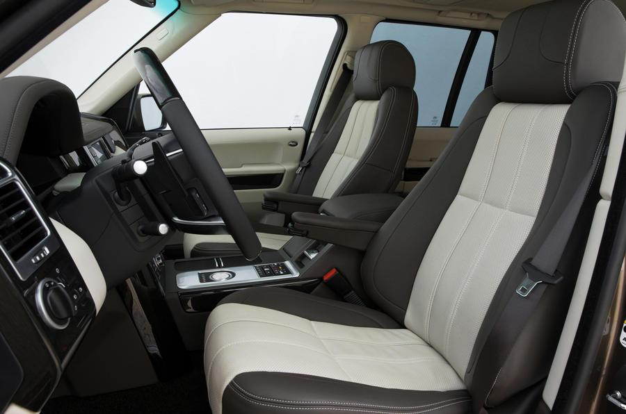 Range Rover TDV8 interior