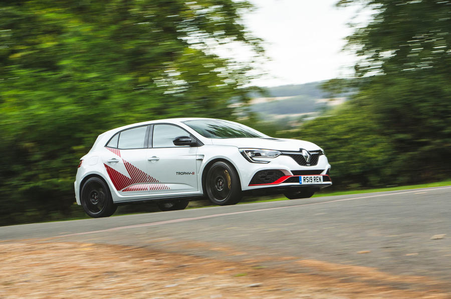 Renault Megane RS Trophy-R 2019 road test review - on the road right