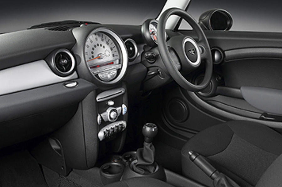 Mini First interior