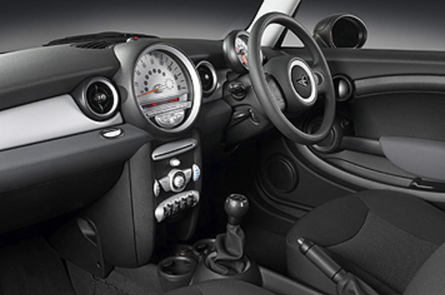 Mini First interior