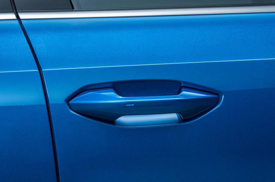 Audi A3 Sportback 2020 road test review - door handle