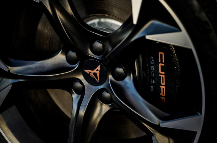 6 Cupra Formentor 2021 test routier revoir roues en alliage