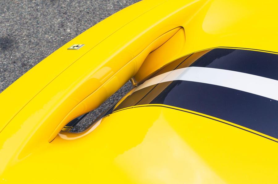 Ferrari 488 Pista 2019 road test review - V duct