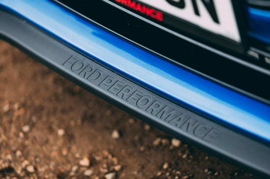 6 Ford Puma ST 2021 : essai routier du splitter avant