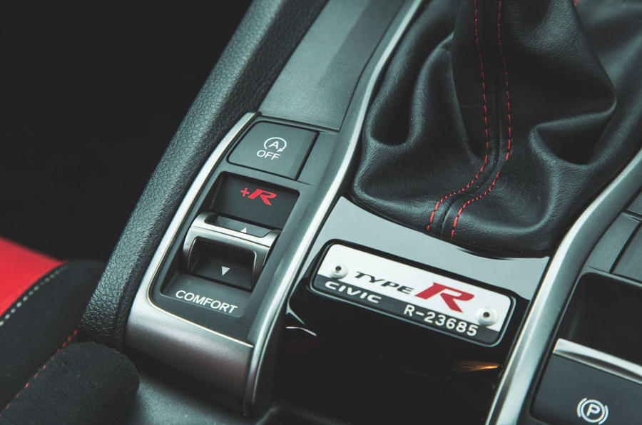 Honda Civic Type R 2019 road test review - drive mode buttons