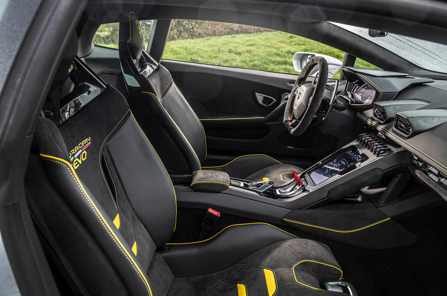Lamborghini Huracan EVO RWD 2020 road test review - interior