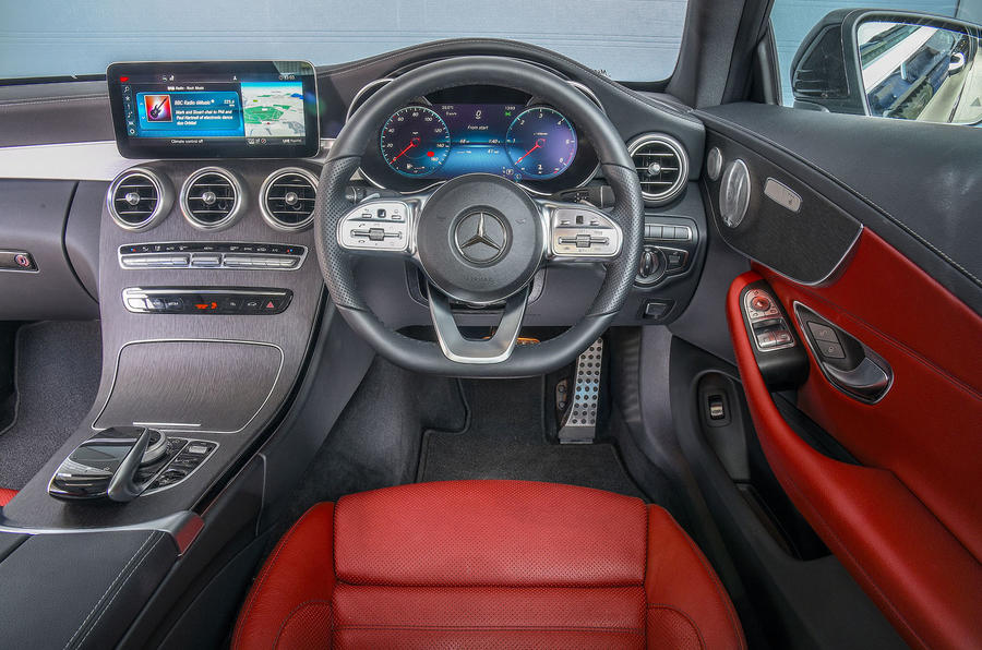 Mercedes-Benz C-Class Coupe 2019 review - dashboard