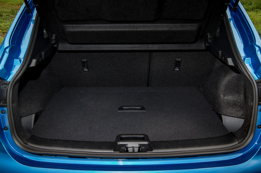 Nissan Qashqai road test review boot