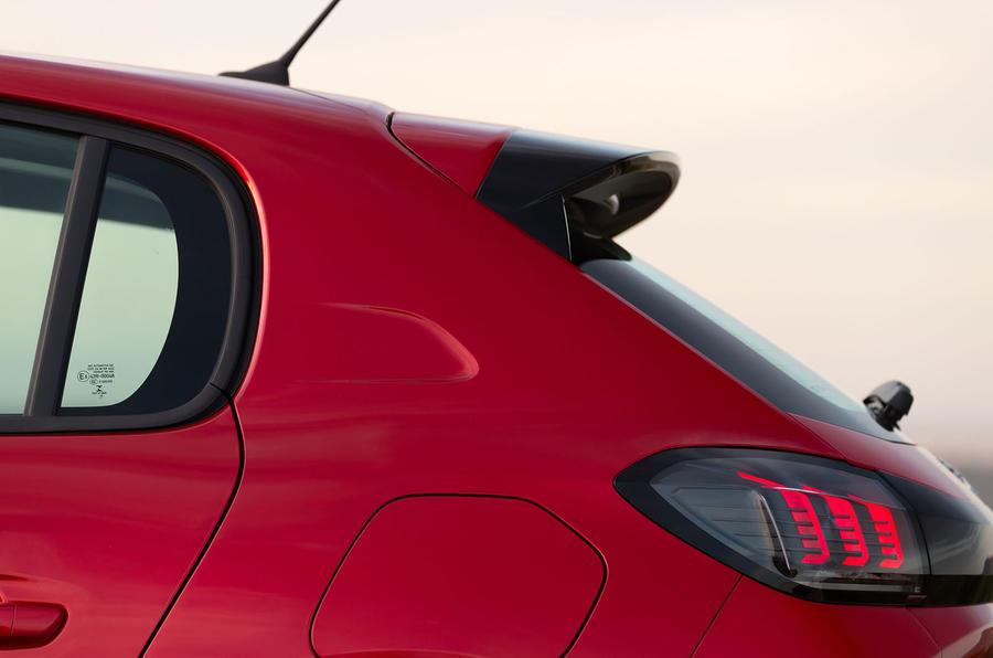 Peugeot 208 2020 road test review - spoiler