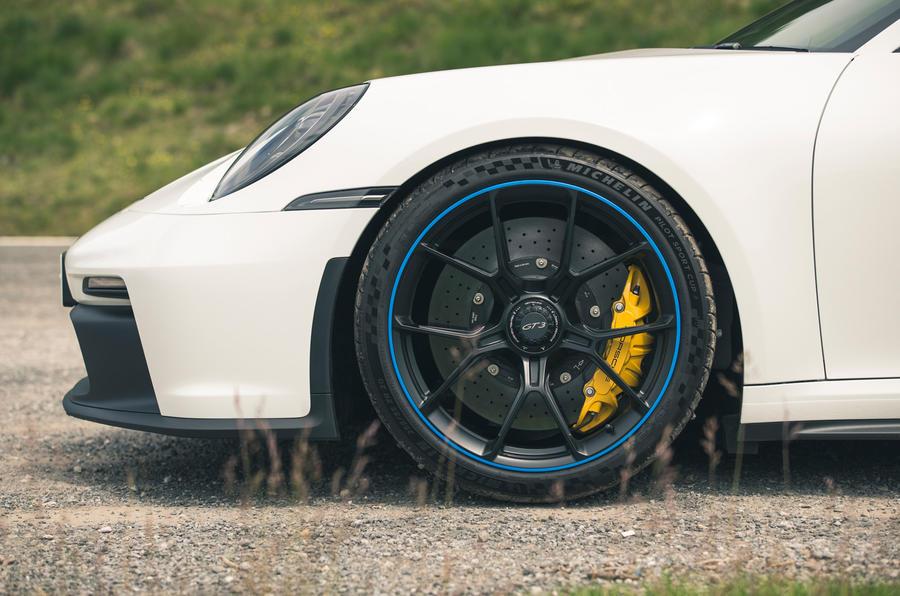 6 Porsche 911 GT3 2021 RT roues en alliage