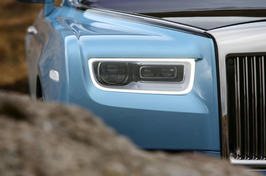 Rolls Royce Phantom 2018 review headlights