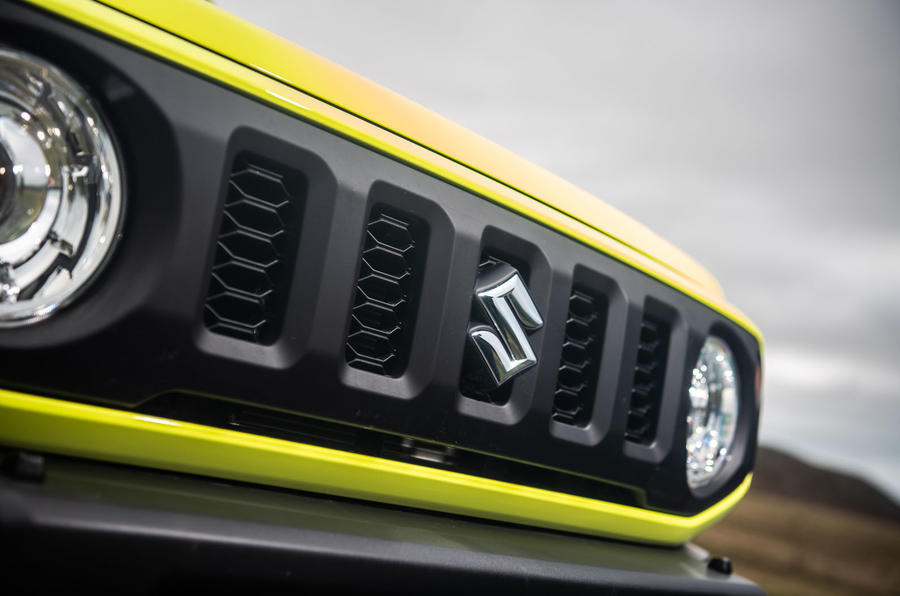 Suzuki Jimny 2018 road test review - bonnet badge