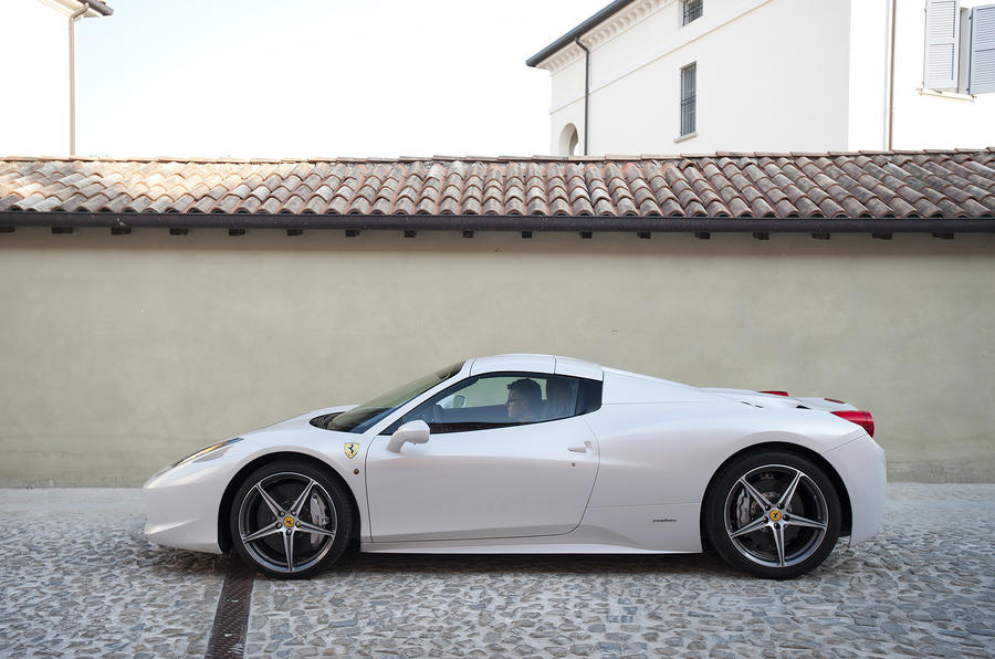 Ferrari 458 Spider metal roof